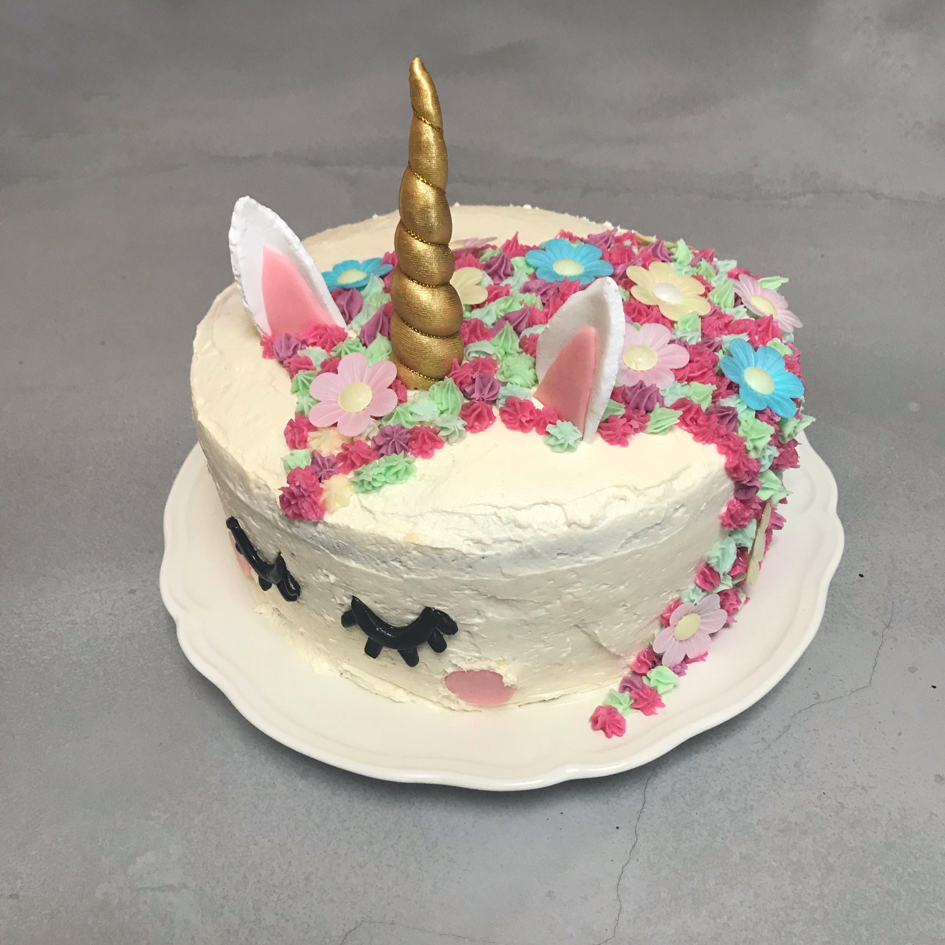 unicorn taart zijkant
