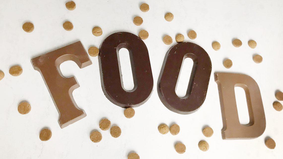 Handige hapjes: Chocoladeletters en strooigoed over? Dit kun je ermee!