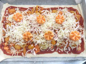 Snack koningsdag pizza - beleggen