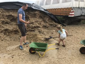 Goedkope uitjes in Brabant - Doeboerderij de steenuil Oirschot