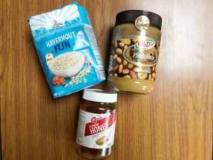 pindakaas bolletjes handige snack - ingrediënten