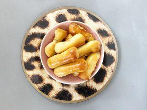 worstenbrood bakken gemakkelijk snel  carnaval bodem hapje snack