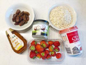 gezonde havermout ontbijttaart aardbei