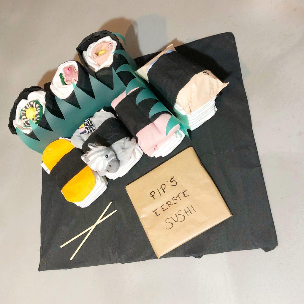 origineel kraamcadeau Sushi luier