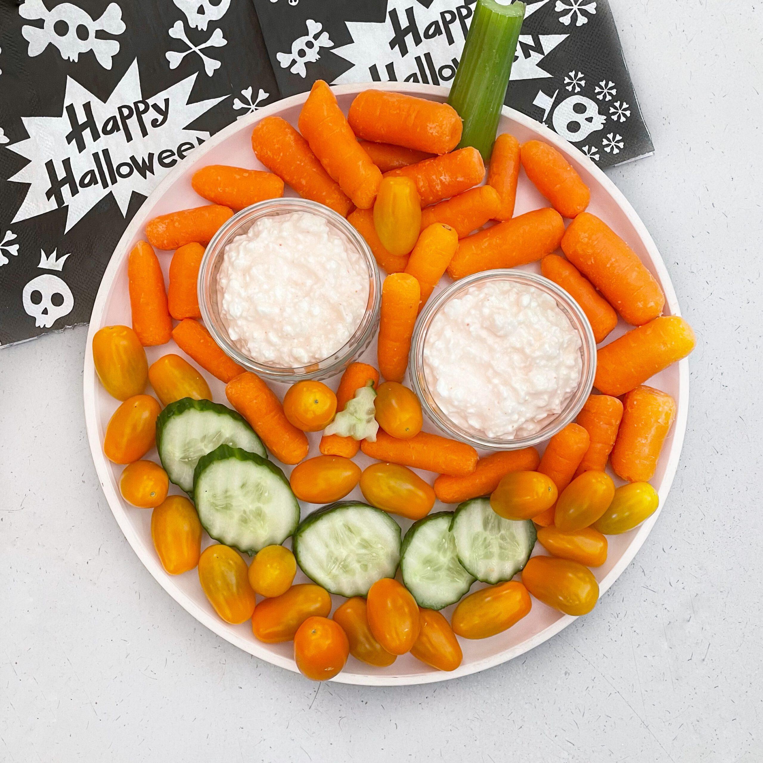 gezonde hapjes voor Halloween, maak een monkeyplatter.