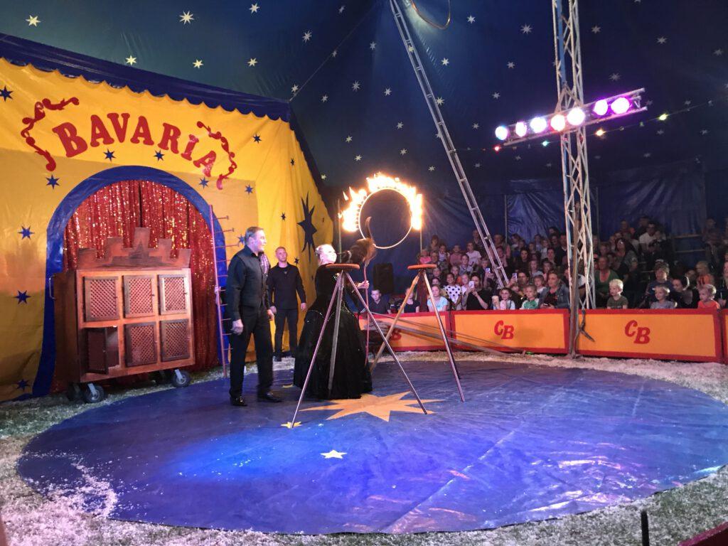 leuk uitje herfstvakantie Brabant - circus Bavaria.